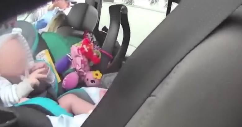 bebe coche