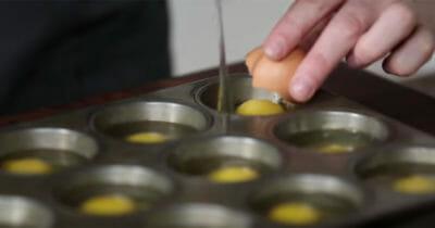 truco con huevos