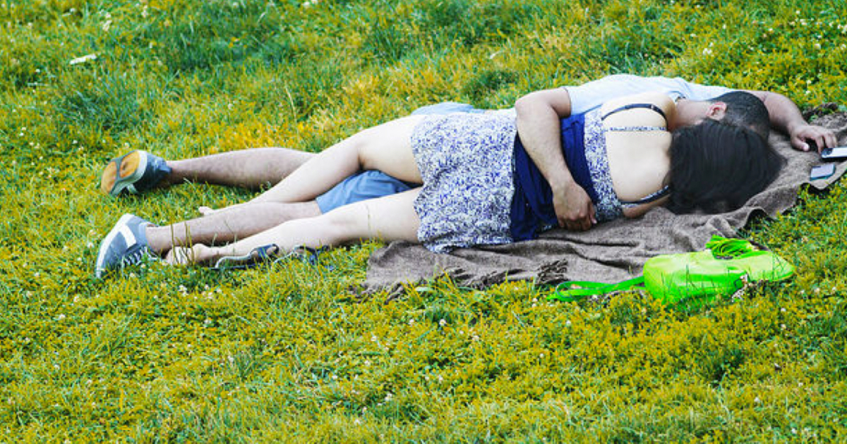 Peoplhaving sex in park images 12