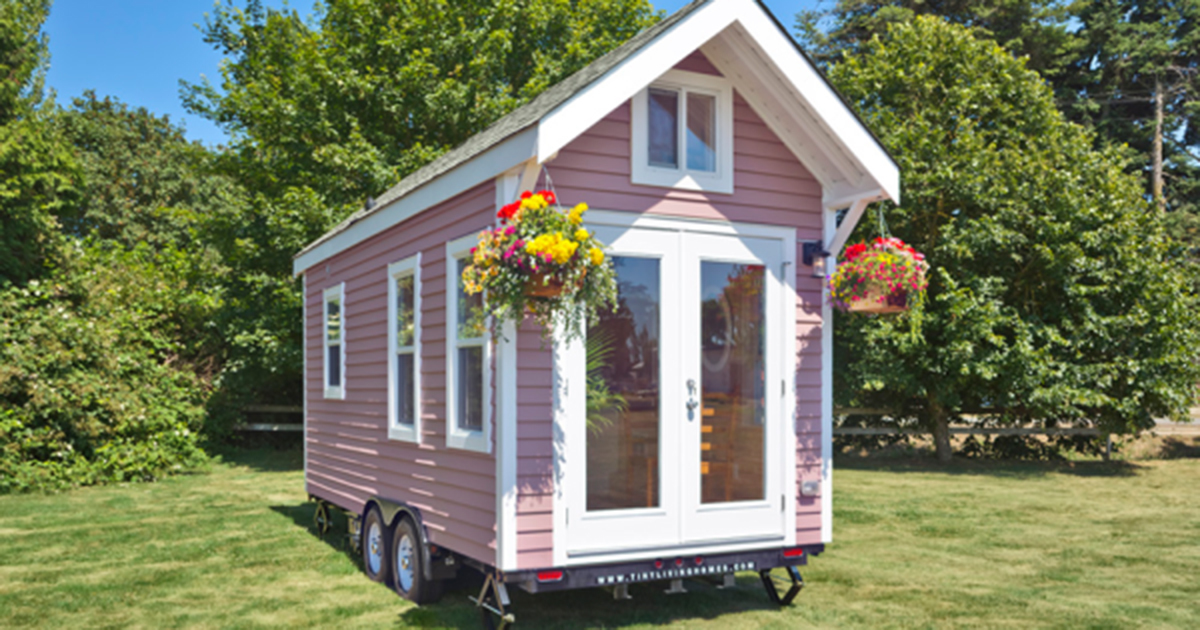 This Tiny House Is Just 160 Square Feet But One Step Inside And I