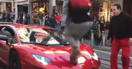 Lamborghini SV