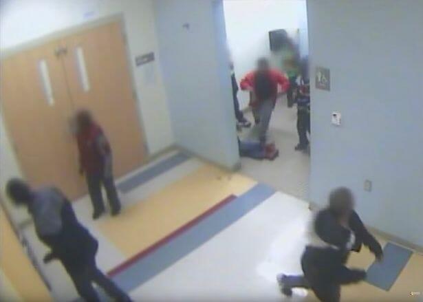 bambino violentato ripreso dalle telecamere