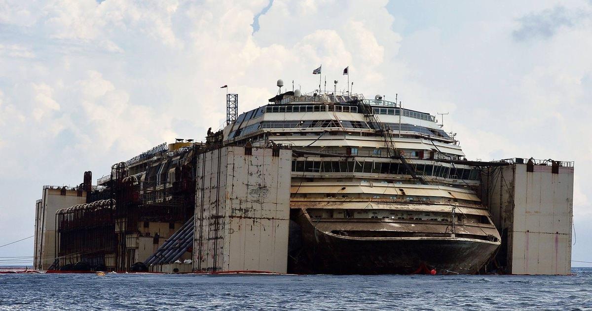 Passagerarfartyg gick pa grund