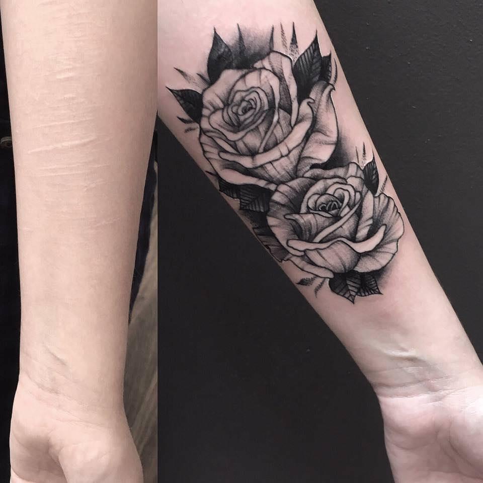 tatuera över en annan tatuering