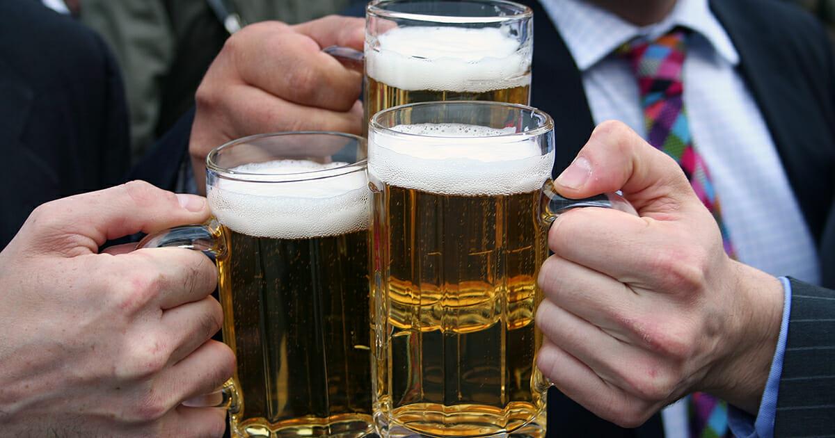 Dromjobbet ledigt drick ol varje fredag