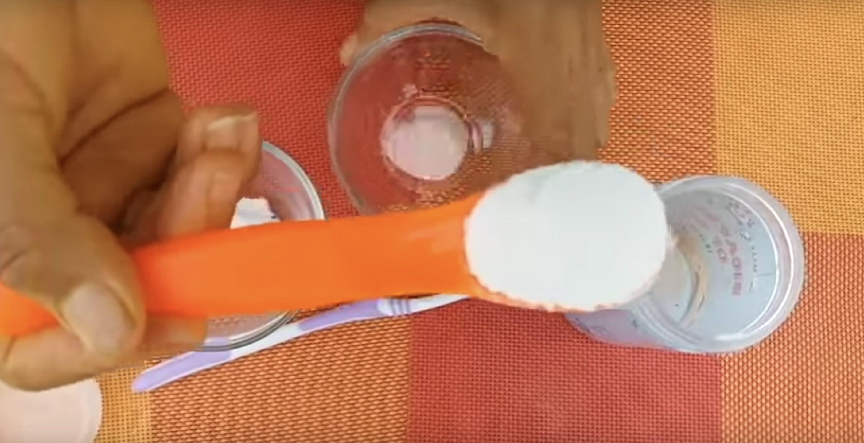 Plack: Här är enkla husmorsknepet som gör att du slipper tandläkarstolen