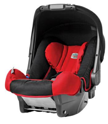 Panikslagen mamma ser att bebisens läppar är blå: Inser snart vad som hänt i bilen