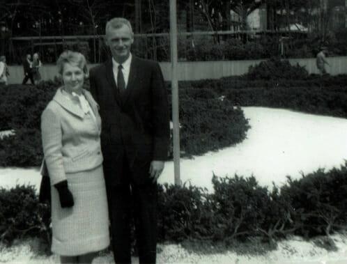 De stred tillsammans under andra världskriget – nu har kärleksparet somnat in