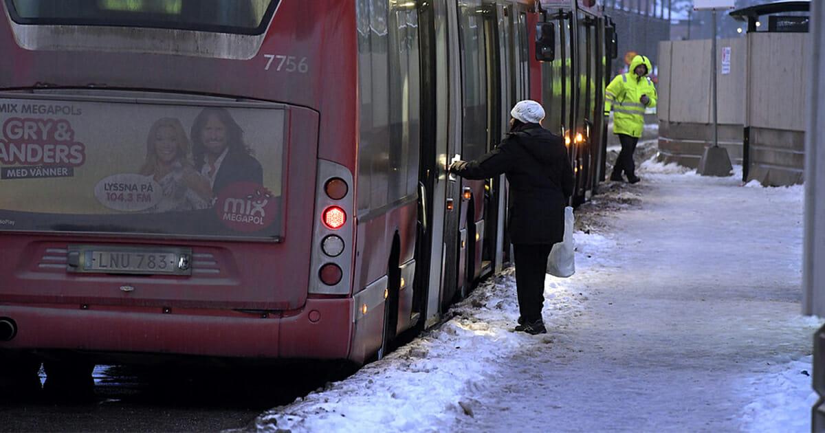 Busstrafik stoppas kvällstid