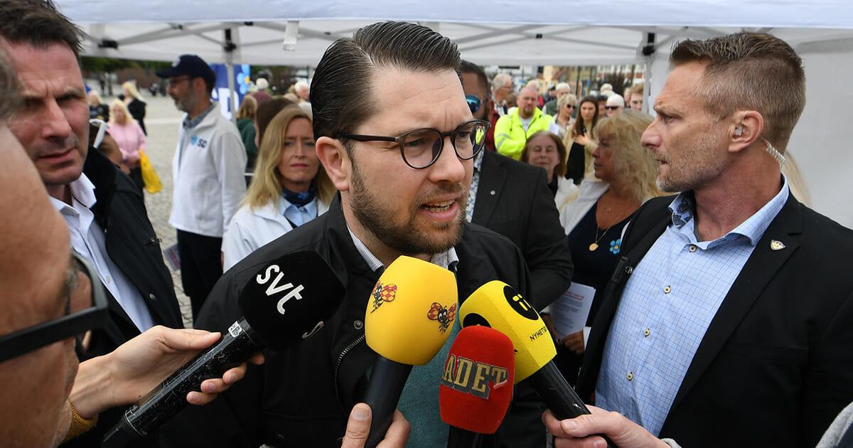 Ny smällare kastad mot SD-ledaren Jimmie Åkesson – angreps under tal