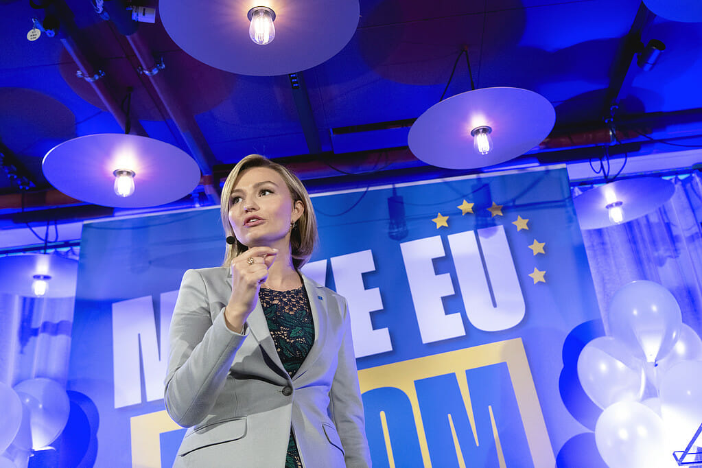 STOCKHOLM 20190521 Kristdemokraternas partiledare Ebba Busch Thor (KD) talar under Kristdemokraternas valvaka på Haymarket i Stockholm under valet till Europaparlamentet. Foto: Henrik Montgomery / TT