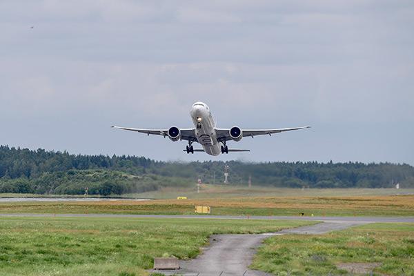 flygplan, qatar airways, arlanda