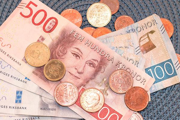 svenska kronor