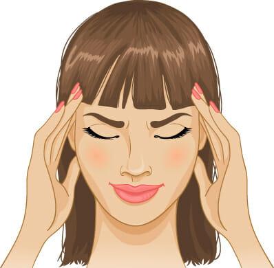 Na rysunku widać kobietę, której doskwiera ból głowy