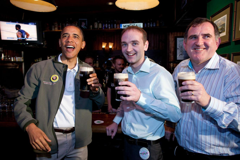 Obama pije piwko