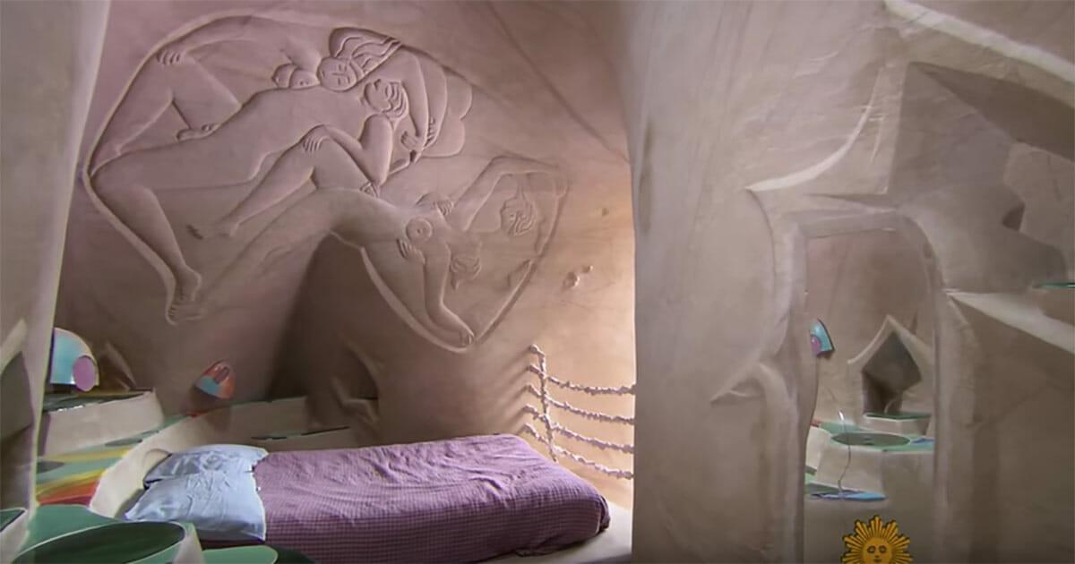 jaskinia z łóżkiem