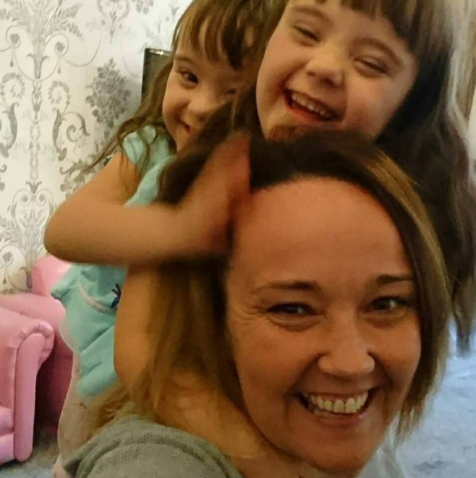 Jodi z córkami
