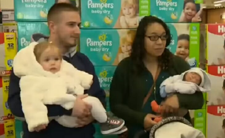 Ashleigh z partnerem i ich dwojgiem dzieci