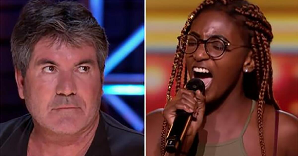"""Simon mówi """"co?"""", gdy słyszy jaką piosenkę wybrała 17-latka - zobaczcie co się dzieje, gdy dziewczyna zaczyna śpiewać"""