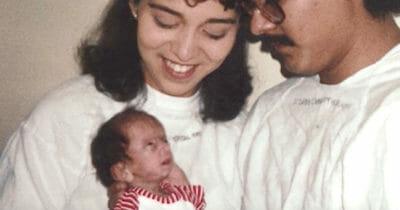 Maleńka Lizzie ze swoimi rodzicami