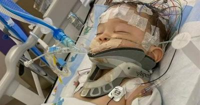 """8-miesięczny chłopiec z urazem mózgu, walczy o życie po """"potrząśnięciu"""" przez ojca - potrzebuje naszych modlitw"""