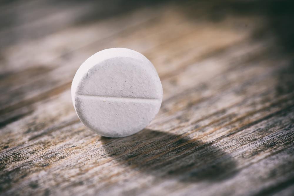 aspirina per vestiti bianchi