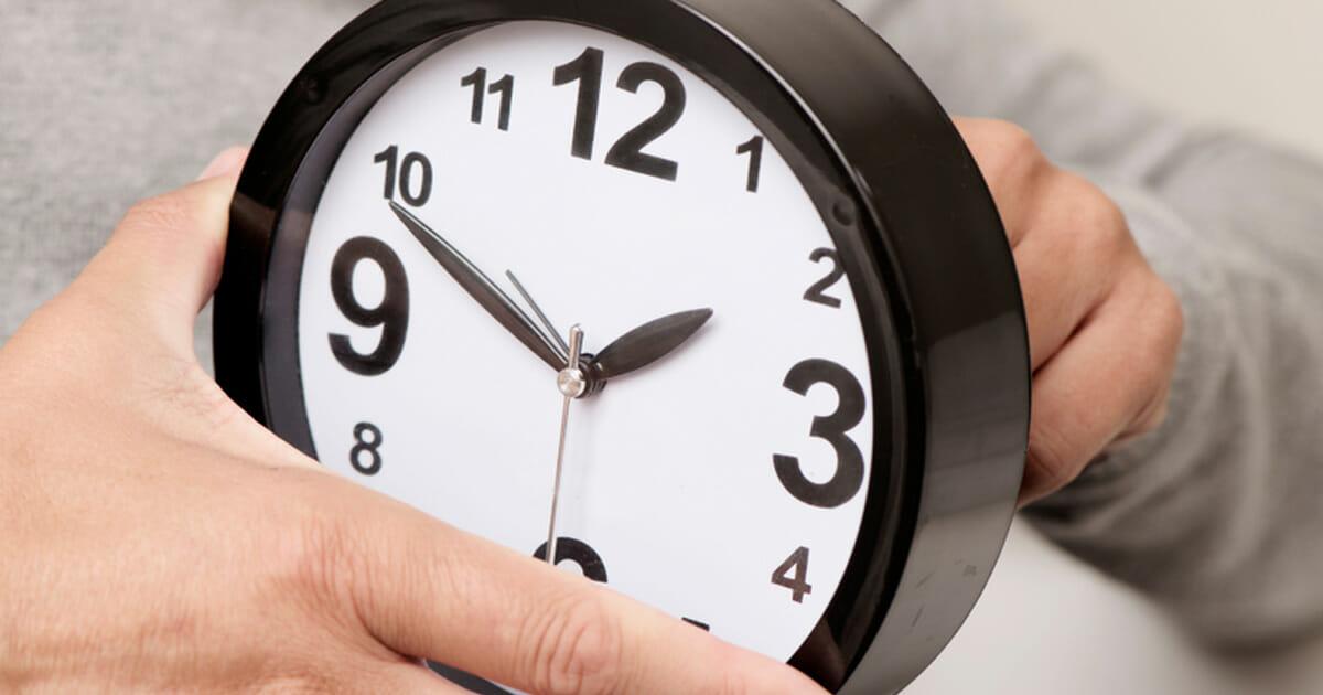 miksi kelloja siirretään