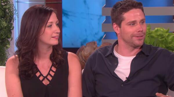 La coppia raccontava la drammatica situazione durante un talk show americano. Foto: Youtube / Ellen