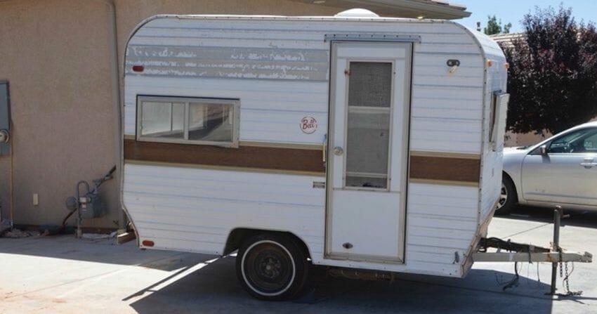 Wohnwagen Etagenbett Einbauen : Sie kauft einen wohnwagen für dollar u und verwandelt ihn ins