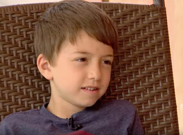 Le garçon a été transporté d'urgence à l'hôpital après avoir